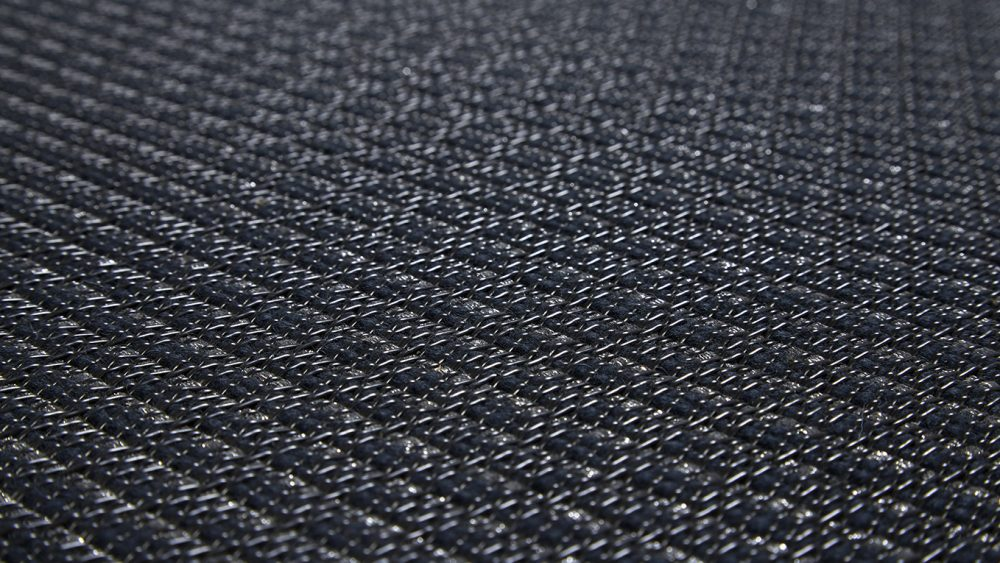Bolon_Rugs_DuetMidnight_Close
